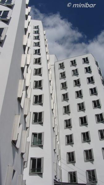 1798 weißes Gebäude