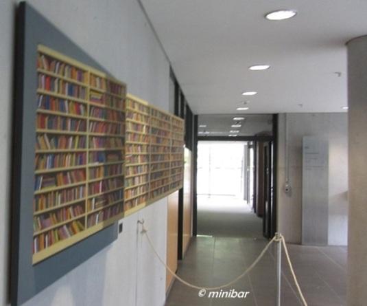 8004 Bibliothek