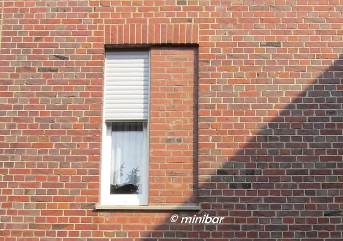 Fensterblick 67 minibares for Fenster zumauern