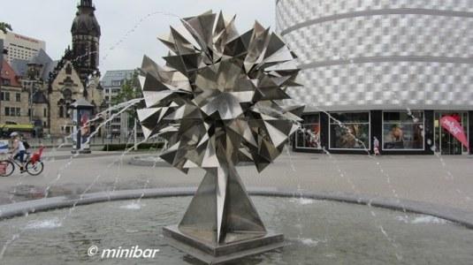 LeipzIMG_4094 Brunnen