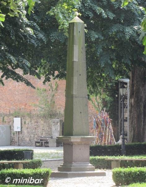 IMG_4511Xanten Obelisk