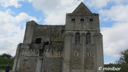 IMG_6685EA 2014  09 Castle Rising
